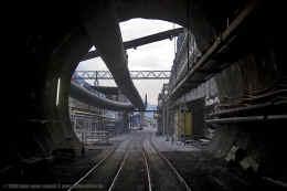 tunneleingang_erstfeld_innen_270708_c_b800.jpg (85530 Byte)